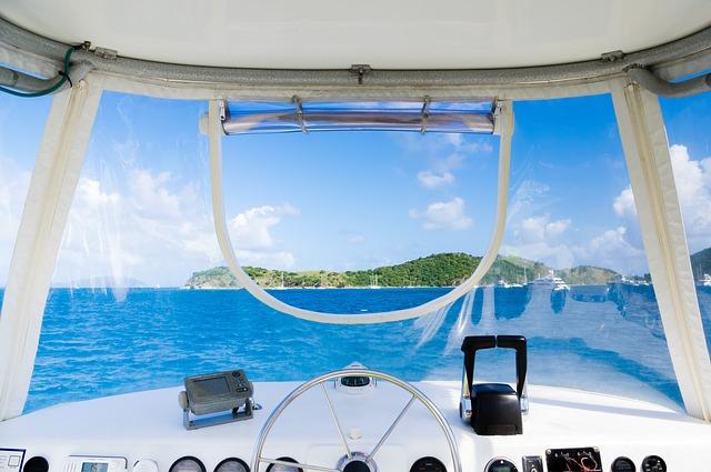 boat-828659_640