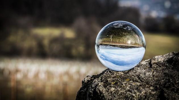glass-ball-1563205_640