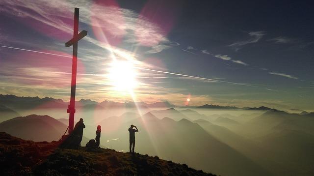 summit-1565425_640