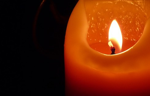 candle-197248_640