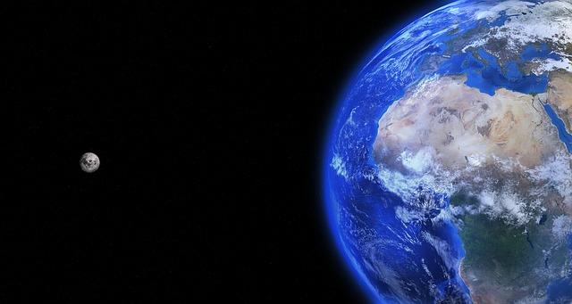 earth-1365995_640