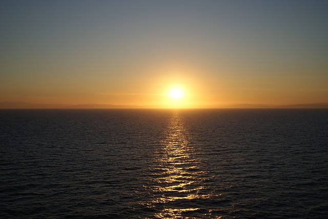 sunset-1743767_640