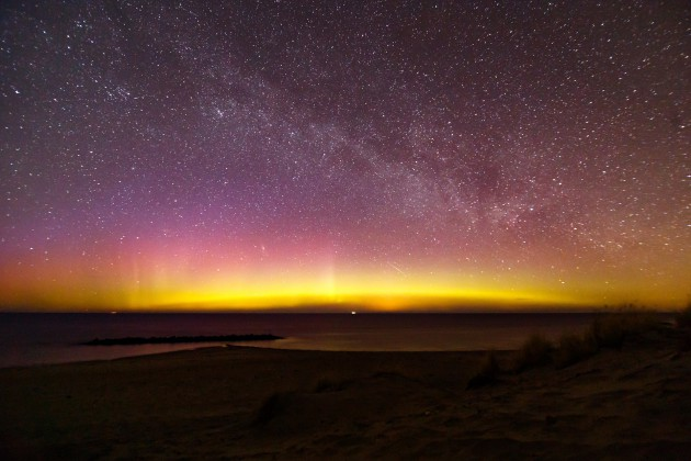 the-northern-lights-2182984_1920