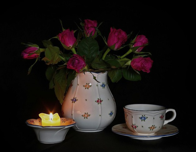 roses-2340858_640
