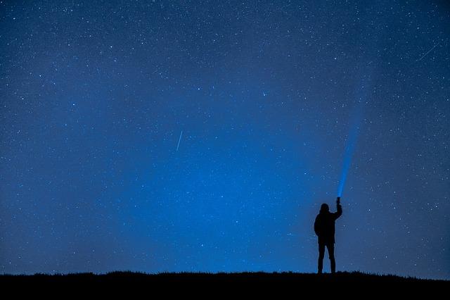 night-photograph-2180474_640