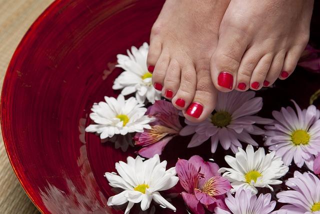 foot-1885546_640